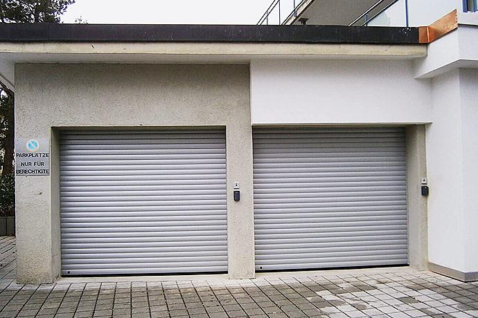 rolltore schaffen viel platz in ihrer garage. Black Bedroom Furniture Sets. Home Design Ideas
